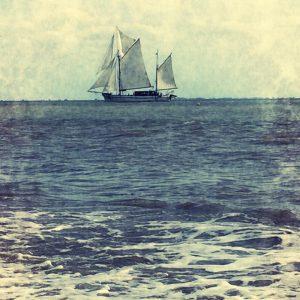 Nostalgia boat nautisme sailing estuary gironde sea vintage music sailorhellip